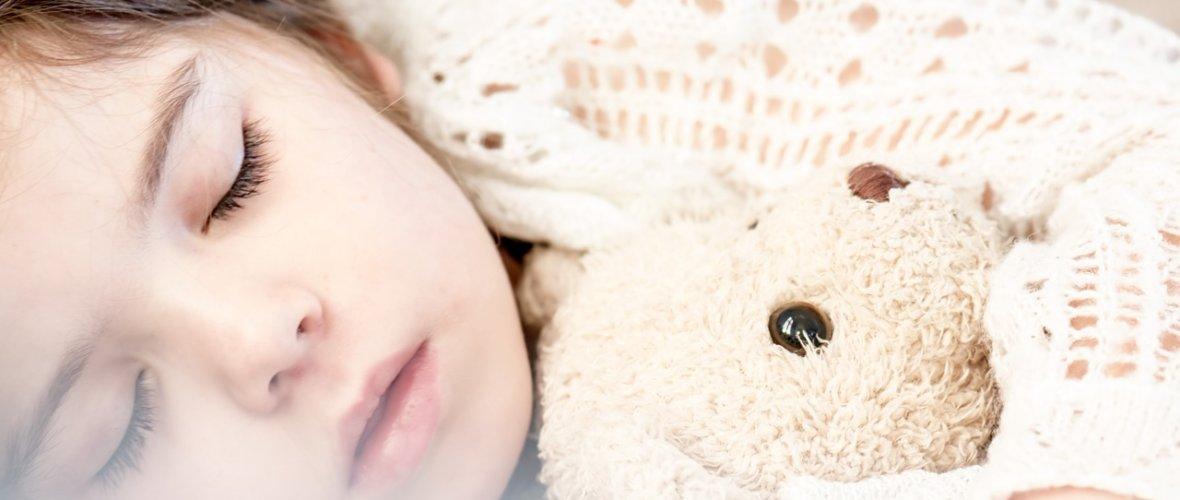 doudou peluche bébé